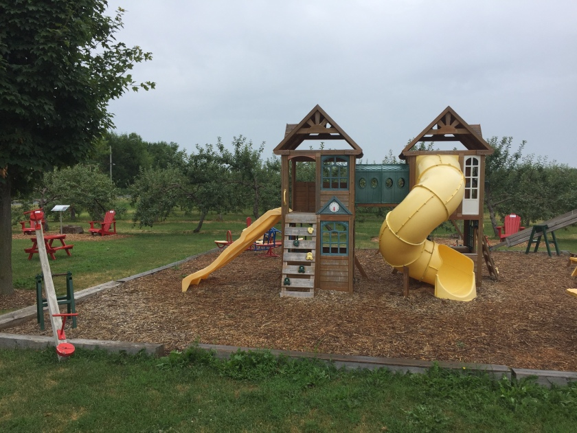 Verger Champetre orchard playground