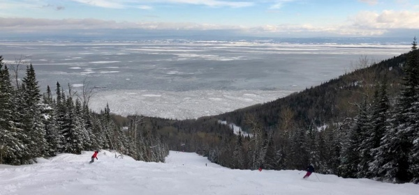 Ski le massif views of the St Lawrence river