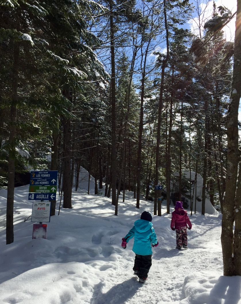 Parc regional de Val David family winter hike