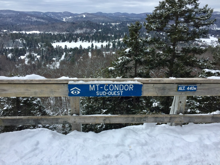 Parc regional de Val David family winter hike and snowshoeing, viewpoint Mont Condor