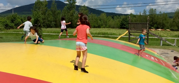 Le Potager Mont Rouge giant trampoline